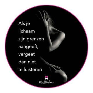 Als je lichaam zijn grenzen aangeeft, vergeet dan niet te luisteren 🦋   ❥ Zoveel meer dan een gedachte ♡ Dagelijkse #inspiratie met MindWellness 🌸  #positiviteit #dankbaar #balans #gedachten #positiefdenken #quotes #rust #geluk #genieten #balans #gevoel #liefde  #kracht #respect #vertrouwen #hasselt #wijsheid #lichaam #motivatie #zelfvertrouwen #acceptatie #verandering #leven #verlies #belgië #hsp #hoogsensitief #positief #veerkracht #vertrouwen #empathie